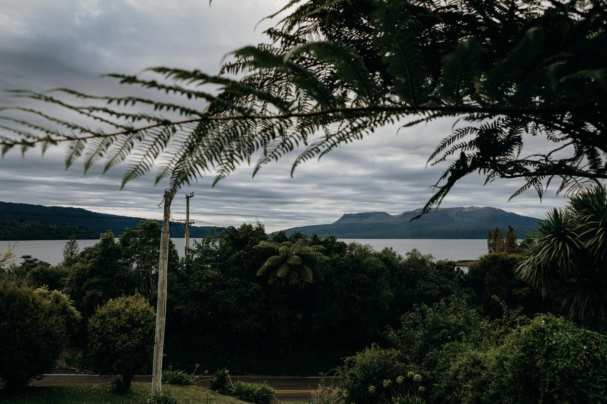 black barn wedding photo lake tarawera rotorua