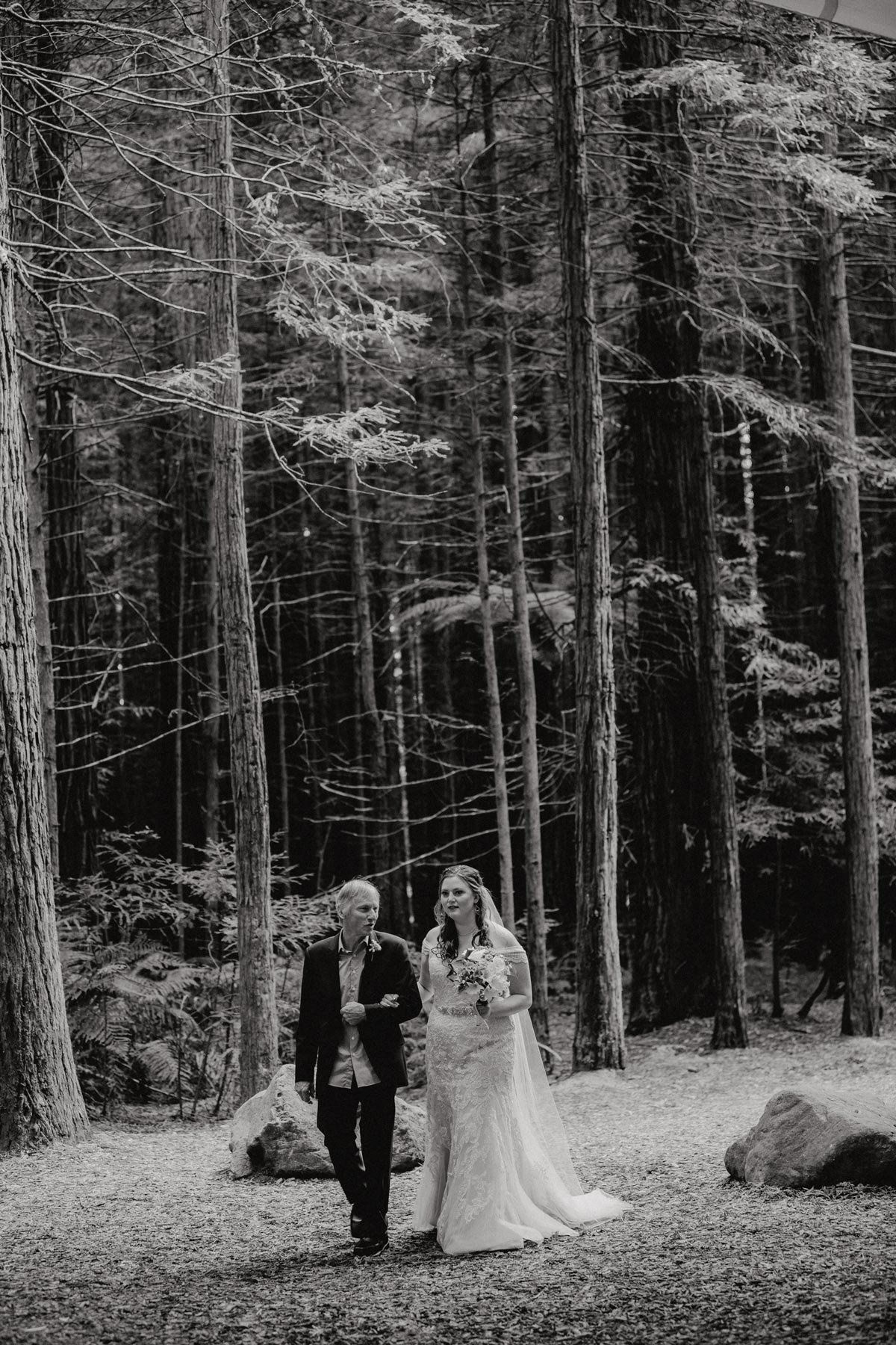 redwoods wedding photos rotorua under the sails ceremony