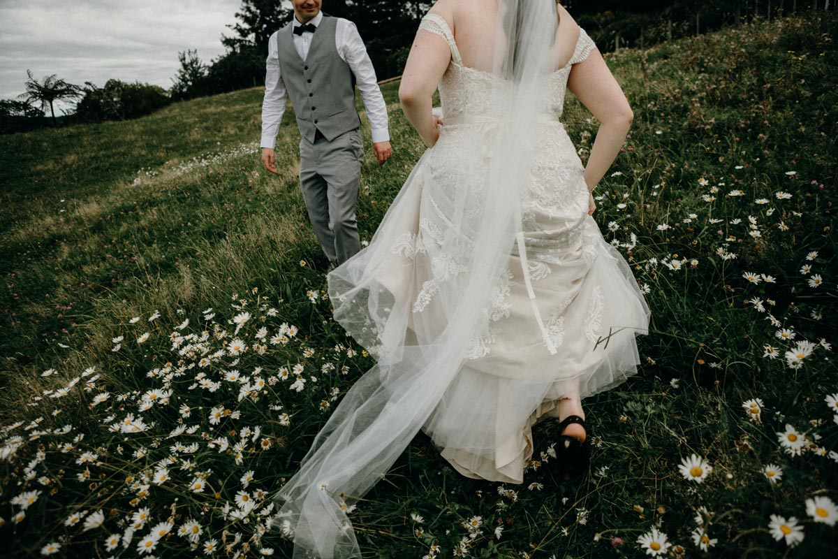 black barn lake tarawera wedding photos rotorua sarah weber photography