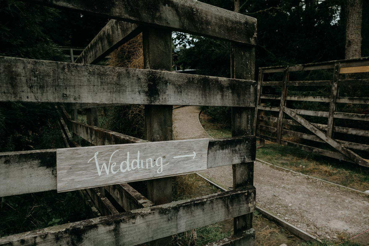 black barn wedding sign photo lake tarawera sarah weber photography