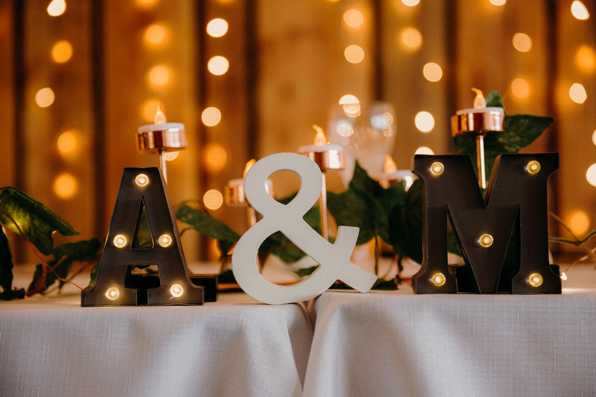 black barn DIY table decor details wedding photo lake tarawera rotorua