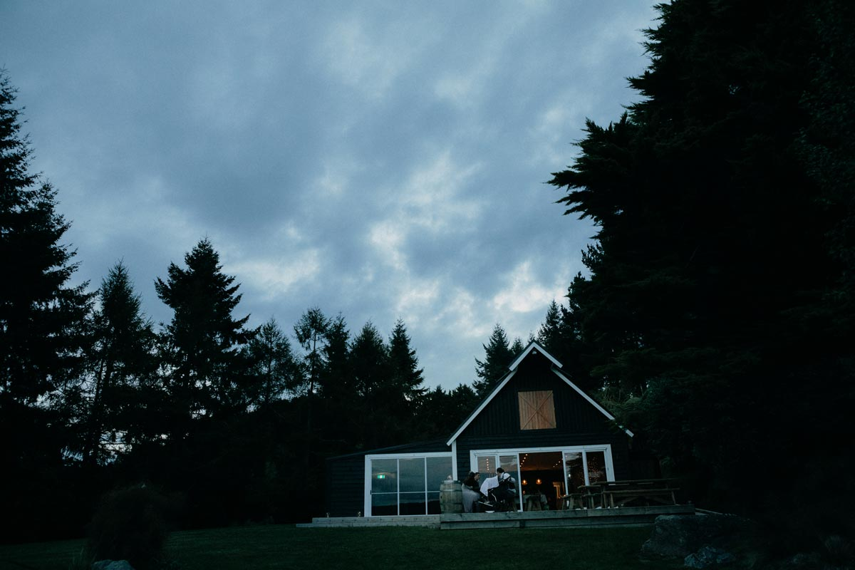black barn lake tarawera wedding photos sunset sarah weber photography