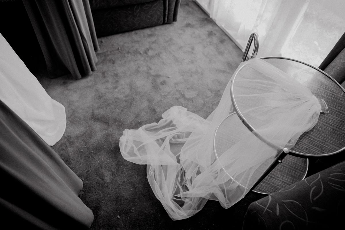 Markovina wedding veil photo Vineyard Estate sarah weber photography