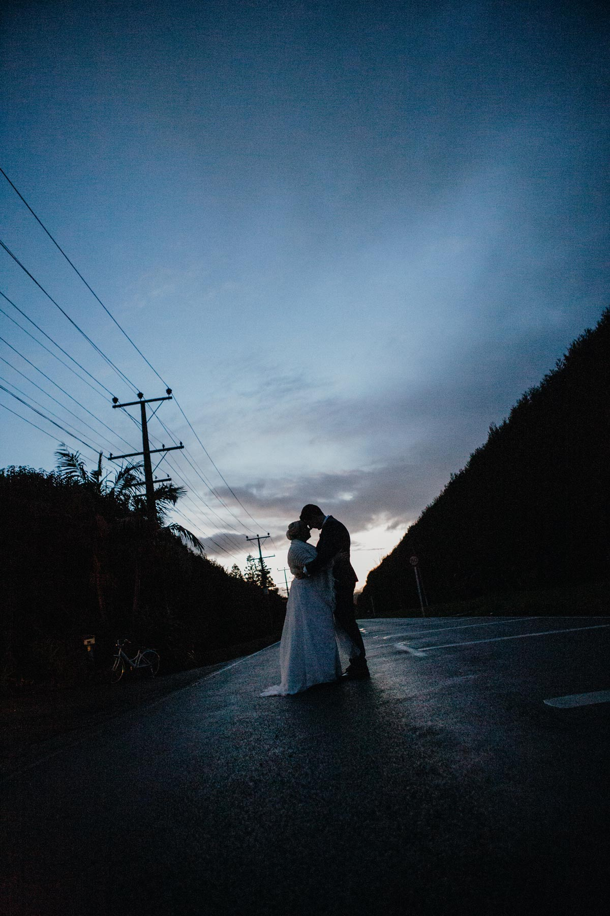 Markovina Vineyard Estate wedding photo sunset golden light sarah weber photography