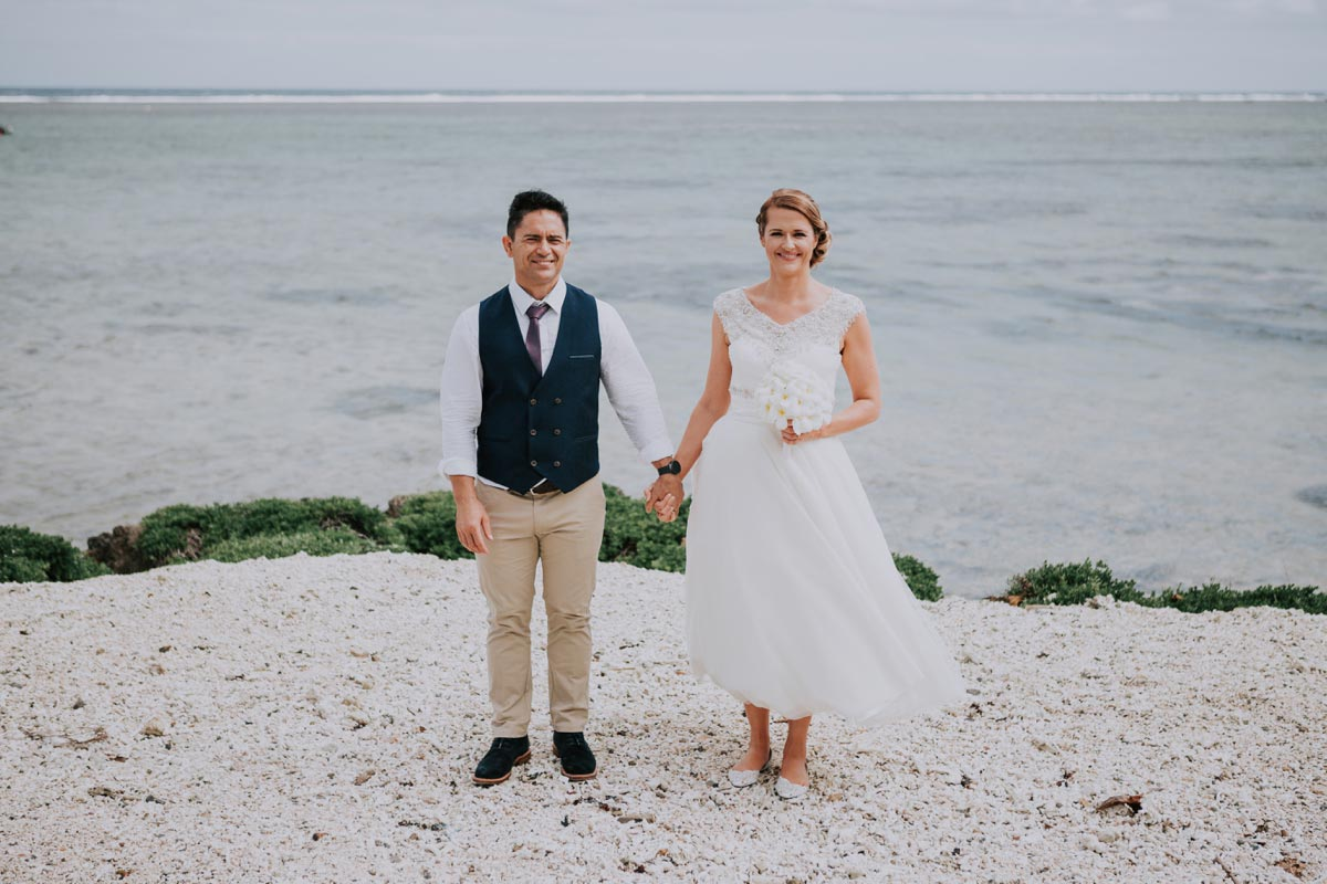Fiji Outrigger weddings photo ideas Beach Resort Coral Coast Sarah Weber photography