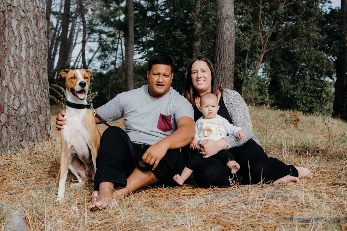 Dog & Family Pet Portraits Auckland taken at muriwai by sarah weber photography