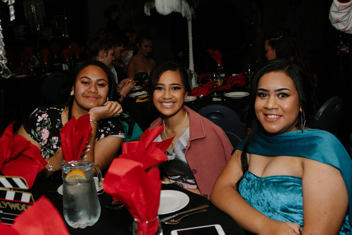 Students enjoying Tamaki College School Ball sorrento in the park cornwall park auckland sarah weber photography