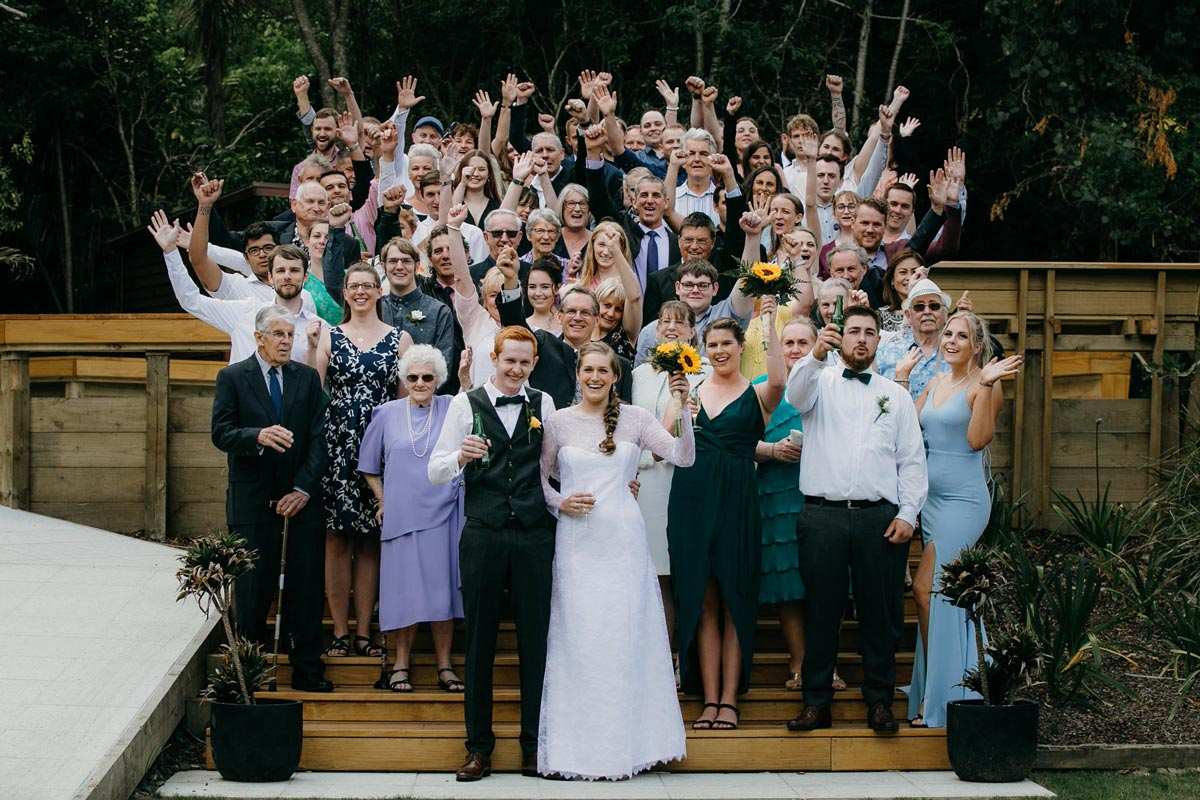 group photo og all wedding guests bridgewater country estate venue in Kaukapakapa, Auckland photo by sarah weber photography